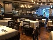 カジュアルな雰囲気で本格スペイン料理が楽しめるお店♪自慢の熟成肉、パエリアや生ハムなど人気メニューがたくさん!