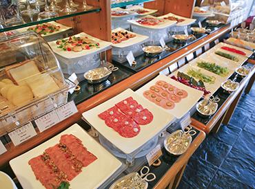 【キッチンスタッフ】【GINZASAI】目で味で。あなたの経験を生かせるフィールド揃ってます♪