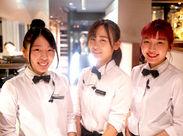 制服貸与あり★おそろいの可愛い制服、かっこいい制服を スタッフみんなで着ています♪ チームワークも抜群◎団結力アップ☆