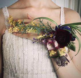 あなたの経験を活かして働きませんか? お花の良い香りに囲まれ、幸せな気分で働いていただけます♪