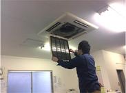 商業施設やビルでよく見る「四角いエアコン」のフィルターを交換してお掃除!意外とカンタンなんですよ◎