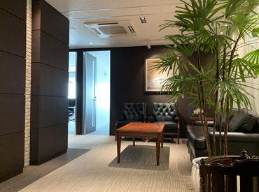 オフィス内はパーテーションで区切られているので、安心してお仕事できます◎テレワークもご相談OKです(パソコン貸与あり)