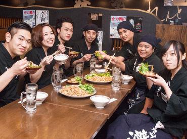 新宿駅&新宿三丁目駅からスグ◎学校帰りなど通勤もラクチン!お仕事後のまかないも楽しみ♪系列店でのお食事が30%OFF特典有!