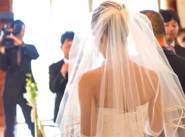【ビデオ制作STAFF】★+ 結婚式の感動の瞬間をビデオに残そう♪あなたの作品が一生の思い出に!男性スタッフ活躍中!☆デビュー祝い金制度あり☆+