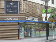 話題のホテル「東京銀座BAY HOTEL」1階のローソンで働こう!外国人のお客様も多いので語学も活かせます♪