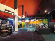 ◆初バイト大歓迎!!◆ 未経験から始めた先輩多数!映画好きで明るいスタッフ多めで話やすい♪話題の映画の話で盛り上がる事も♪
