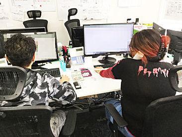 パチンコ屋・バグチェック・ コールセンター etc... 前職さまざま! 現在活躍中の社員の70%以上が 未経験からスタートしました★