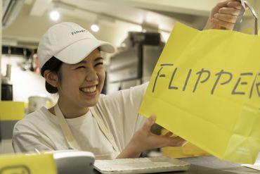 ゆったりしたおしゃれな店内でお仕事♪「話題のスフレパンケーキを焼いてみたい!」そんな方にぴったり◎