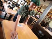 優しい先輩スタッフがしっかりサポート♪ 『吉野家』では、幅広い年代の方が活躍中です★彡 17~21時大歓迎!!学校帰りに◎