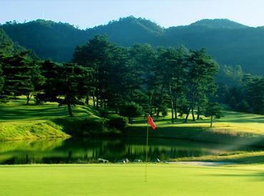【キャディ】\忙しくてもOK★/週1~入れる、ゴルフ場バイト♪ゴルフの経験はなくてOK◎しかも【日給8000円】のレア求人!