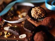 誰もが知っているチョコレートメーカー! 未経験スタート大歓迎!! 大型商業施設でのお仕事です◎