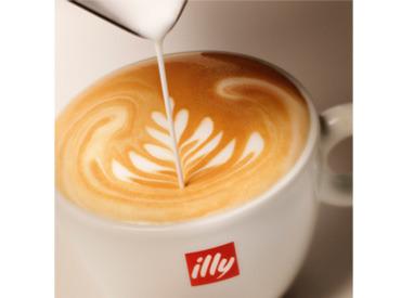おしゃれ&ゆったりくつろげる店内も大人気★ コーヒーの良い香りに包まれながらお仕事できますよ♪