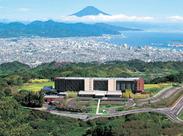 勤務は週末中心。平日も宴会あり◎ ついつい絶景に目がいっちゃう・・・ 富士山と三保の松原を一望できる!