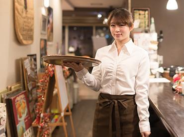 【Cafeスタッフ】20代の若いスタッフが活躍中◎み~んなカフェが大好き♪新たにフレッシュな仲間を募集中!