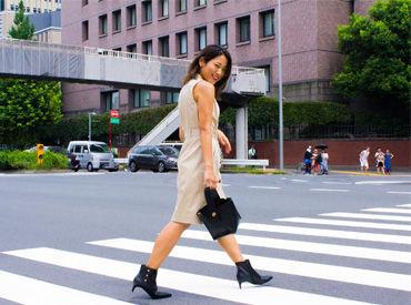 【販売スタッフ】\お台場エリアにオープン/シンガポール発レディースの靴とバッグのブランドが再上陸♪履歴書不要ですぐ応募◎フルタイム歓迎