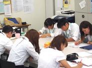 生徒さんが真剣だから採点スタッフも真剣!模擬テスト採点で志望校合格のサポートをお願いします☆