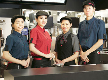 """【マクドナルドクルー】マッククルー大募集♪『子どもがマクドナルド大好きだから働き始めました』お店の仲間同士は…""""家族""""みたいに団結力抜群★"""