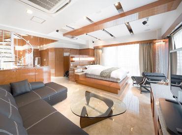 *清潔感溢れる内装* デザイナーズホテルの、 キレイを保つおしごと◎ 現在は、20~50代までの幅広い 年代の方が活躍してます♪
