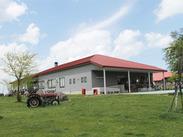 広大で美しい大自然に囲まれた場所にある長門牧場のレストハウス。未経験もOK!夏短期は時給1000円♪