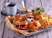 ――◆◆ PEANUTS Cafe ◆◆―― お洒落エリア≪中目黒≫の一軒家。スヌーピー好きさん必見のCafeです!