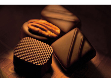 【SHOPスタッフ】ベルギーチョコレートの専門店!世界中で愛されるお店で…甘い香りに包まれてお仕事しませんか?