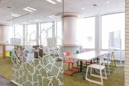事業拡大に伴い、8月中旬に渋谷の新オフィスに移転予定!STAFFにとって働きやすい環境が整っています★