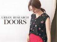 URBAN RESEARCH DOORS(アーバンリサーチドアーズ)は長く使える価値ある商品を取り揃えています。