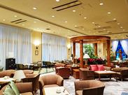 まるでホテルのロビーのような開放的な店内は、ビジネスで使用されたりと、落ち着いた雰囲気です★*働きながら優雅な気分に♪