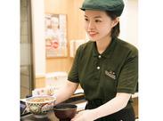 ≪カンタン★吉野家のお仕事≫ オーダーを取って、お料理を提供して、お会計をするだけ♪とーってもシンプルなんですよ!