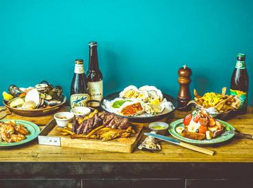 ★オシャレな料理づくりの<お手伝い> 写真映えする料理の数々にテンション↑ エプロンはデニム風素材orストライプから選べます☆