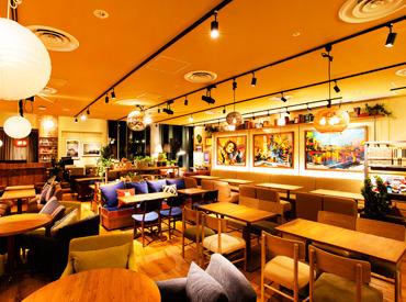 """【カフェstaff】\メディアで話題!!/\全国約60店舗!!/""""kawaraグループ""""で夏の大量採用が決定!私達と一緒にカフェ文化を塗り替えませんか?"""