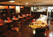 レトロでお洒落な店内★*・゚長崎で生まれ育った和菓子・洋菓子専門店!「おいしいお菓子とおいしい文化」を伝えています♪