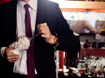 【カフェバーSTAFF】オープニング募集!―【カフェ】×【バー】の融合―『お仕事はやりがいを持って働きたい』そんな方にオススメのお仕事です。
