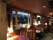 落ち着いた照明、広く高い天井、アメリカンな雰囲気のインテリア etc オシャレな空間で、心地よい時間を感じられるお店です♪