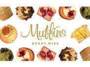 ストロベリー&クリームチーズ/ティラミスetc. Muffinsにしか作れない、オリジナルのマフィンが店内に並んでいます♪