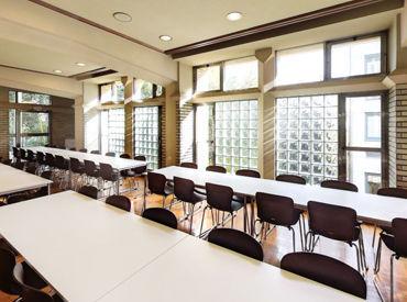 【食堂スタッフ】\早い・安い・美味しい/を、フレッシュな学生さんにお届け♪♪お客様は全員顔なじみの学生さん★楽しく会話も♪