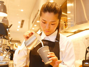 ◆<DEAN & DELUCA> 世界中の食文化に興味のある方、カフェに興味がある方…未経験でも歓迎します。