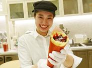 フルーツたっぷりのクレープやソフトクリームにタピオカドリンク…慣れてきたら美味しいクレープが自分で焼けちゃいますよ♪