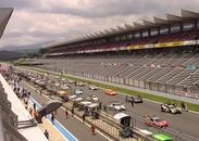 ≪人気のサーキット場!富士スピードウェイ≫レースの試合やイベントで、レースマニアや家族連れ、マスコミなど活気ある会場★+