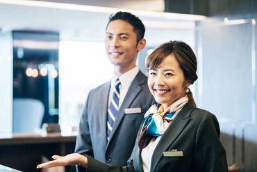 フロントスタッフはネットでの顧客管理及び壁ごしでの接客がメイン。 接客業でもコロナ対策は万全です。 ※画像はイメージです。