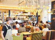 "JR大阪駅直結の""WIRED CAFE""で新メンバーを大募集。カフェを通じて様々なライフスタイルコンテンツをご提案します。"