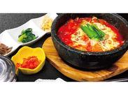 """""""チムジルバンスパ神戸""""の中にある話題の韓国料理店♪ 帰りにゆっくり温泉や岩盤浴を楽しむこともできちゃう◎"""