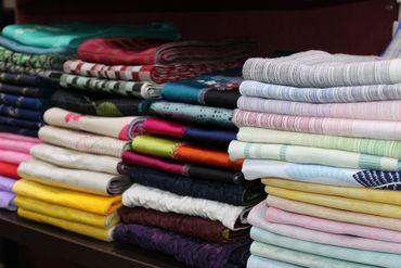 着物を着たい方のお悩みを店舗の商品で解決♪ お客様と驚き喜びを共感することも この仕事の醍醐味です!