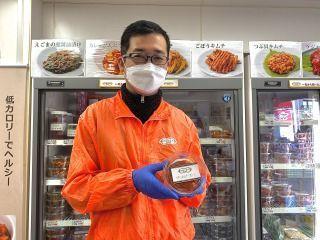 「東上野のキムチ横丁で、三代続くキムチの専門店です♪1960 年に創業以来、母から娘へと受け継いだ味は唯一無二です!」by店長
