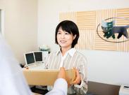 お仕事の手順は、先輩たちが優しく丁寧にお教えしますのでオフィスワークデビューの方も安心START! ※061-1812-0056