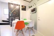ホームステージングの一例です★お部屋全体のテーマを決め、それに合わせて家具の配置場所、カラーリングの選定などを行います。