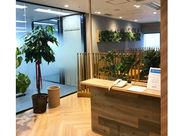 オフィス内は完全禁煙! 基本的に残業はないので、サクッと帰れます◎人事・労務は会社の大事な業務なのでやりがいも沢山♪