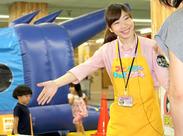 遊園地内でのイベント運営など、楽しいこといっぱいのお仕事♪高校生や大学生など学生STAFFも活躍中!!