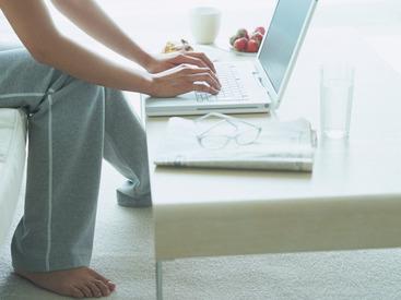 【アンケートモニター】゜*☆アンケートモニター募集☆*゜家でできちゃう☆登録してアンケートに答えるだけ!好きな場所、好きな時間にお小遣い稼ぎ♪