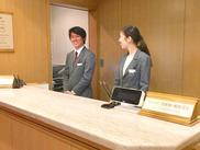 普段の生活でも役立つ接客マナーが自然と身につきます◎制服もオシャレとスタッフから好評です♪20~50代スタッフ活躍中!